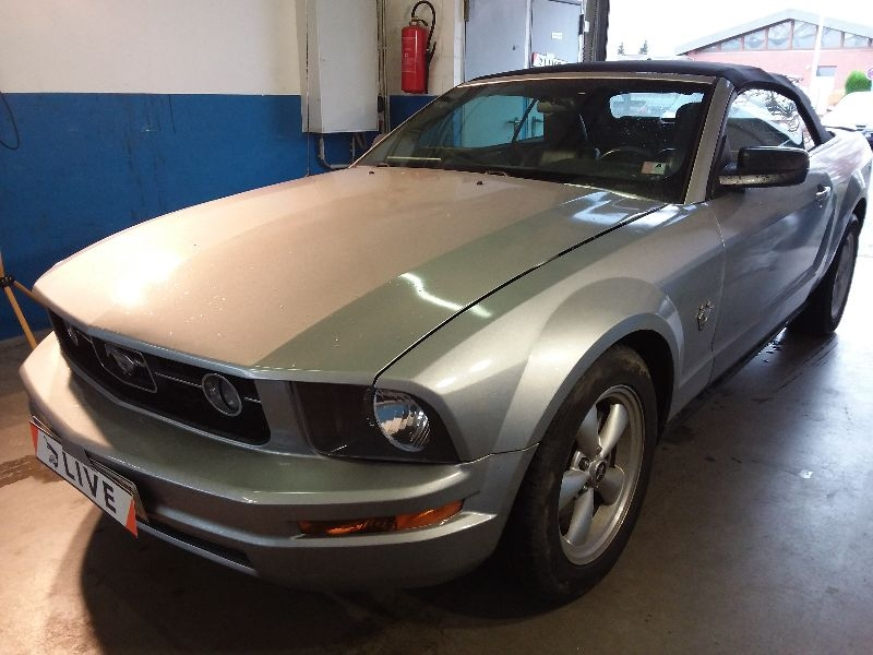 ford mustang 4 0 cabrio. Black Bedroom Furniture Sets. Home Design Ideas