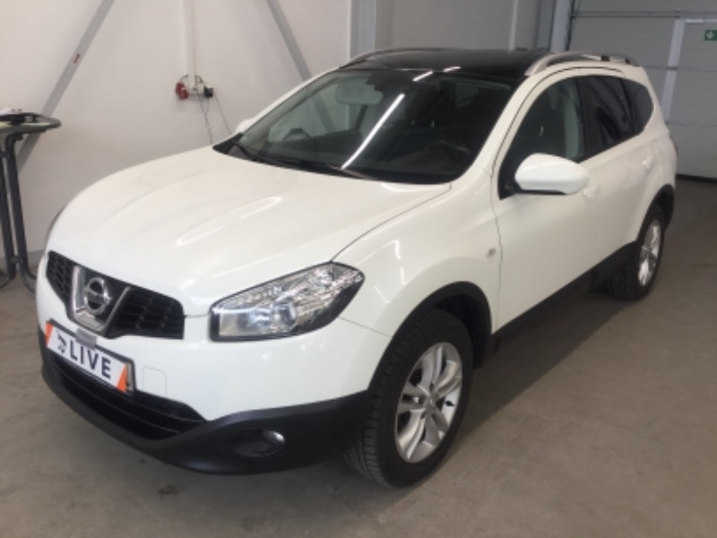 nissan qashqai 1 6 dci turbodiesel acenta acc navi pano. Black Bedroom Furniture Sets. Home Design Ideas
