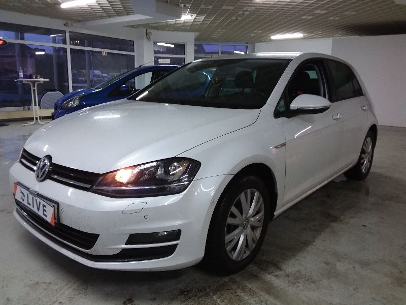 volkswagen golf vii 1 4 tsi cup bluemotion tech. Black Bedroom Furniture Sets. Home Design Ideas