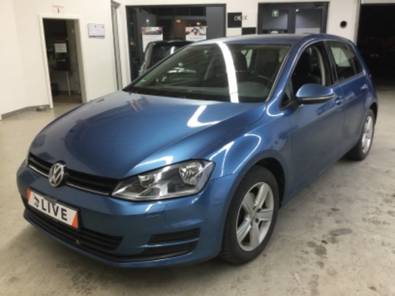 volkswagen golf vii 1 6 tdi dpf comfortline bluemotion tech. Black Bedroom Furniture Sets. Home Design Ideas
